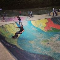 Bowlin'sunday Lausanne with @guillaumefsk @ctgalrem @gabriel.demierre #skate #skateboarding #bowl #lausanne #frisek