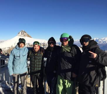 #frisekteam #frisek #seasonopening #snowboarding @snowpark_glacier3000