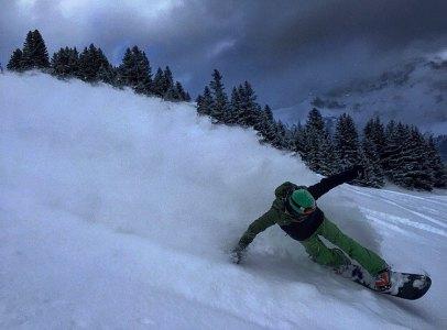 @vvchiche #flying over the #deeppowder field in #Champery last weekend #frisek #frisekteam #snowboarding #powpow #powder #switzerland