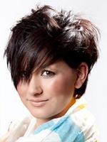 Frisuren Für Runde Gesichter – So Stylen Sie Ihr Haar Passend