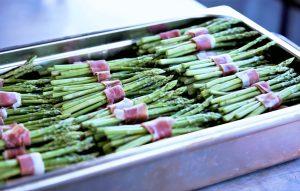 asperges roulées au bacon