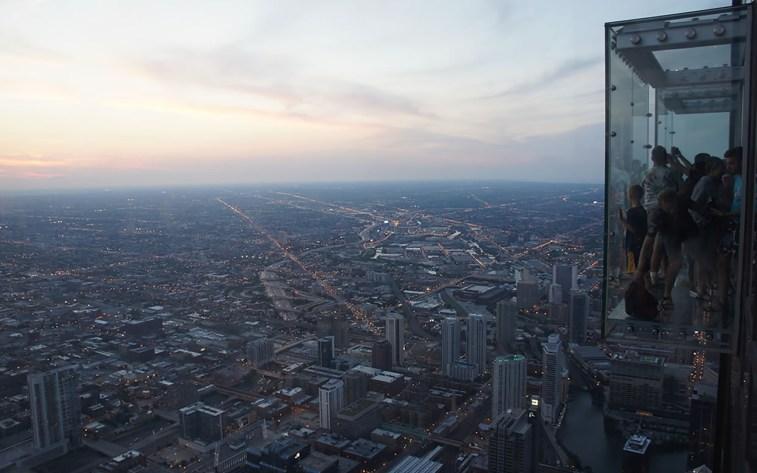 15_usa-2012_chicago_1240px