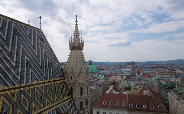 Blick vom Nordturm des Stephansdom auf Wien.