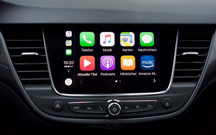 Apple CarPlay im Opel Crossland X