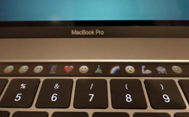 Touch Bar - schnelles Einfügen von Emojis und noch viel mehr.