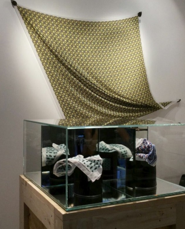 da Beyond Black c/o factory_Menexa - foulard in seta e cotone: OFFICINE904