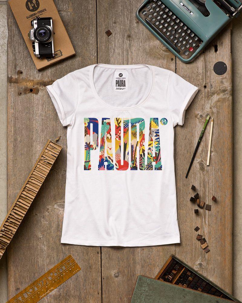 la t-shirt in collaborazione con Sarah Mazzetti