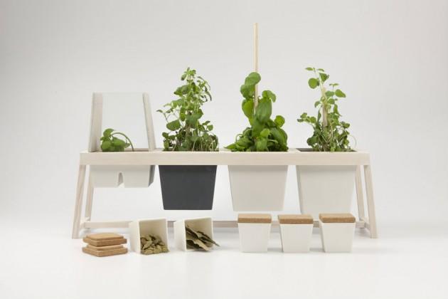 """""""Household Herb Harvesting"""", di Simon Helmersson. Un semplice sistema di vasi e portavaso per coltivare le erbe in casa"""