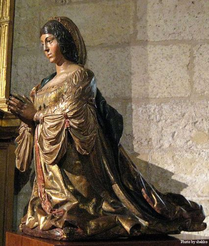 Statue of Isabella of Castile by Bigarny.
