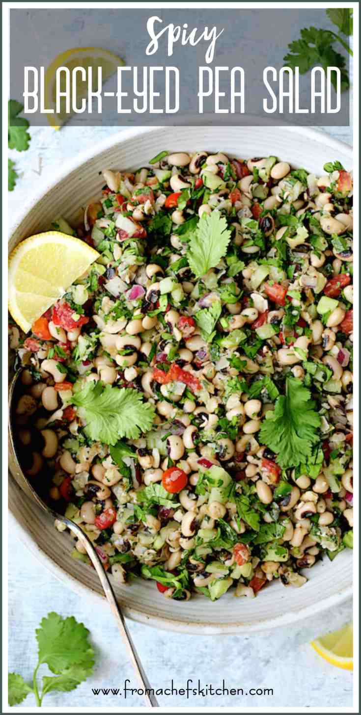 Spicy Black-Eyed Pea Salad is a spicy light, warm-weather twist on classic Southern comfort food you'll crave all year long! #blackeyedpeas #blackeyedpeasalad #vegetariansalad #southernfood