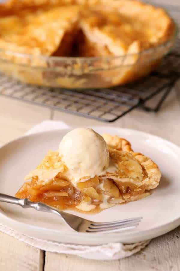 How to Speed Bake an Apple Pie (Or Any Fruit Pie) - Pie in Half the Time!