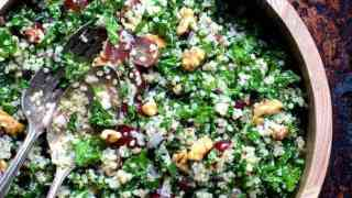 Quinoa and Kale Salad with Red Grapes, Walnuts and Honey – Lemon Dressing