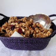 Homemade Lower Fat Granola for Breakfast Ideas Mondays