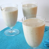 Pina Colada Oatmeal Smoothie for Breakfast Ideas Mondays