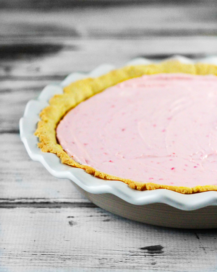 Creamy Strawberry Cheese Pie