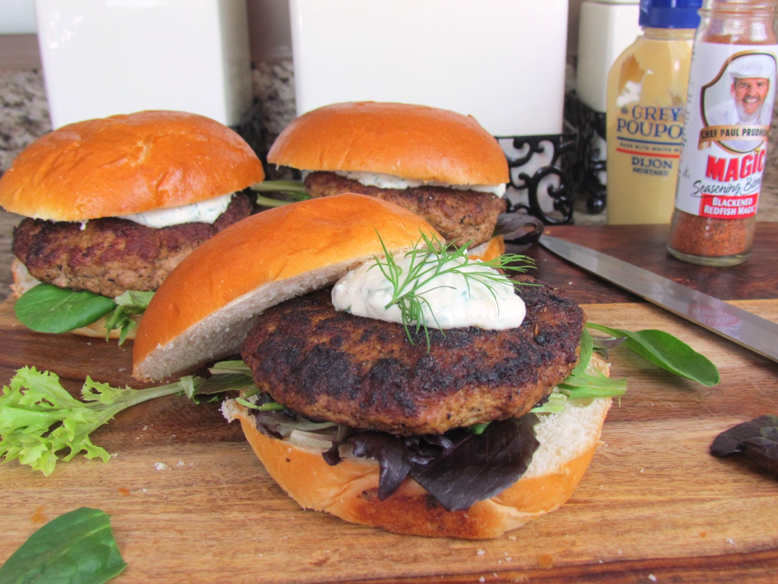 Cajun Dusted Turkey Burger With Lemon Dill Yogurt