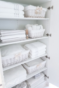 Linen Closet Organisation - www.fromgreatbeginnings.com