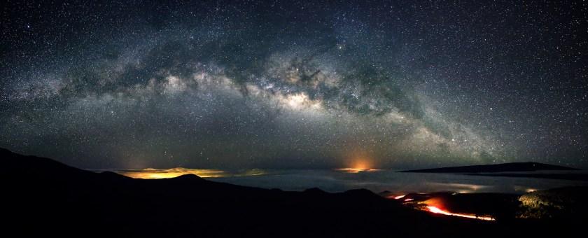 Milky Way curve over the Big Island of Hawaii