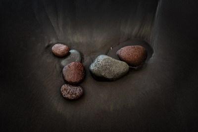 Pololu Black Sand Beach Rocks
