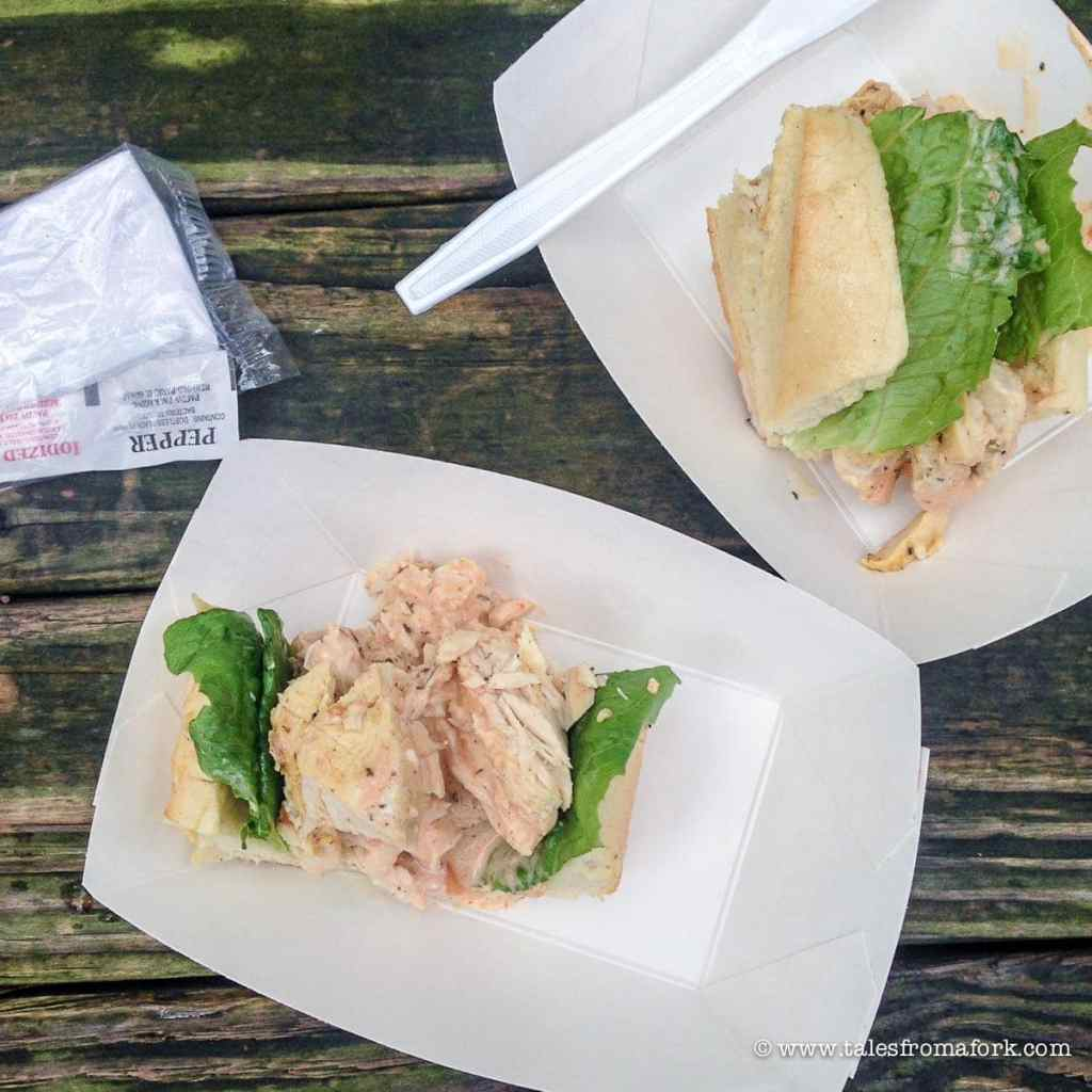 Where to eat in Savannah for lunch, dinner & brunch, which includes FRIED CHICKEN!