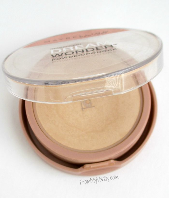This Maybelline Fit Me powder gives such a flawless finish! | FromMyVanity.com
