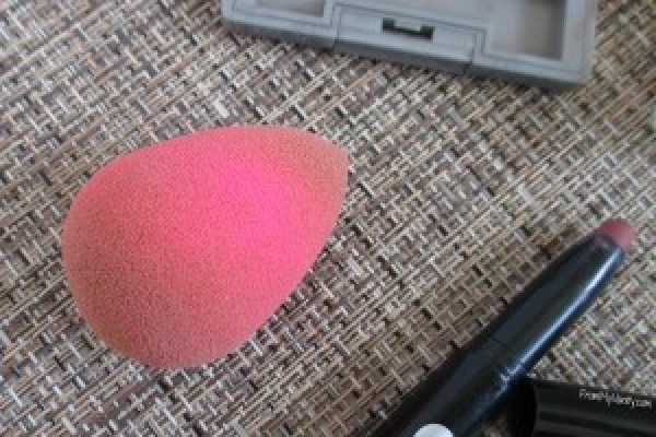 monthly-favorites-march-beauty-blender