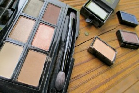 Butter London NEW Shadow Clutch Palette // Close up // FromMyVanity.com