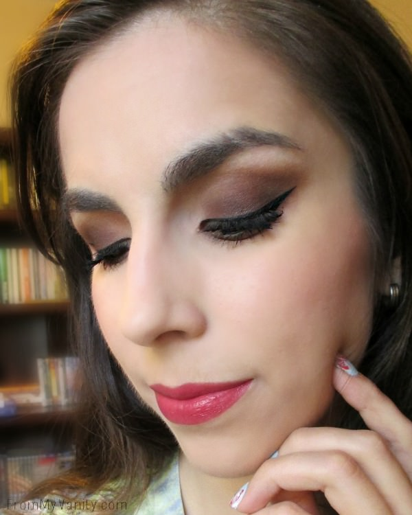 Easy, Daytime Smokey Eye // Step by Step Tutorial // Click for Details