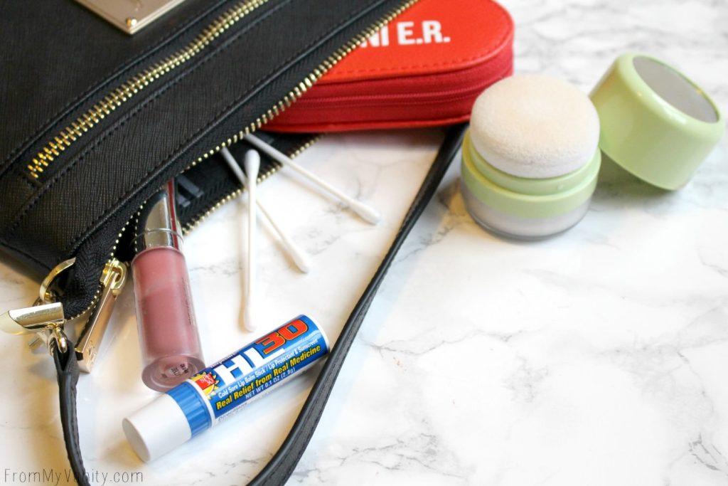 5 Purse Essentials Every (Practical) Makeup Junkie Needs | Makeup Emergency Kit