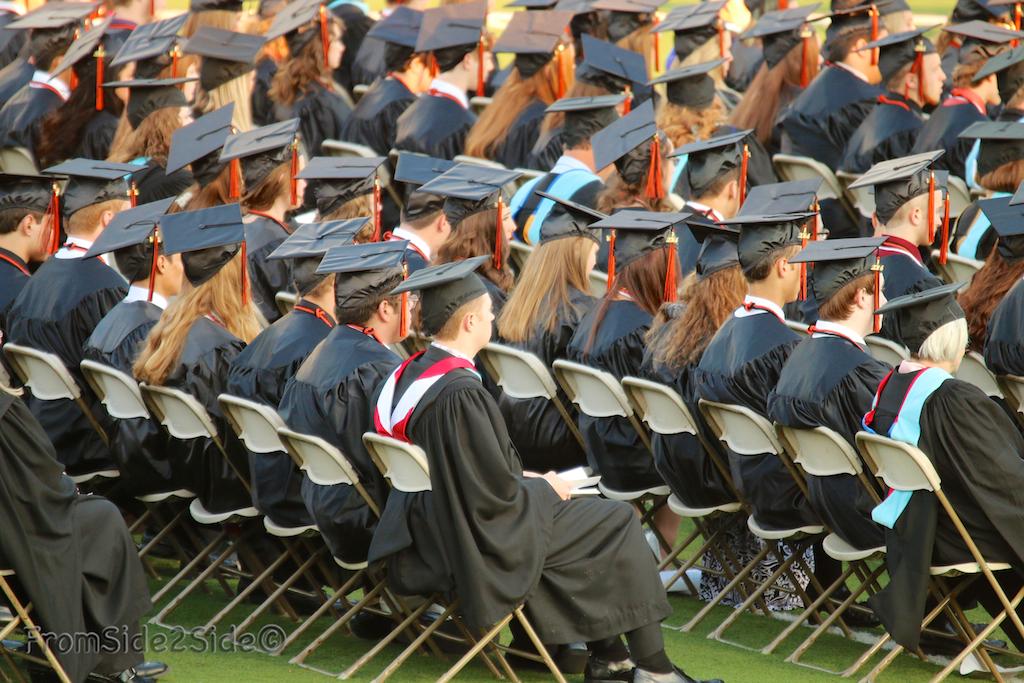 graduation-4-25281-2529