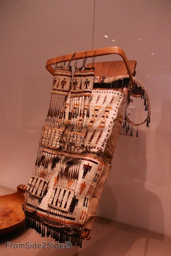 1840 Dakota (Sioux de l'Est) issus d'une collection d'un musée du Massachusetts)