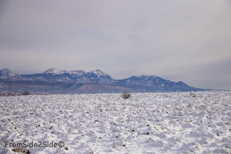 Au loin les La Sal Mountains