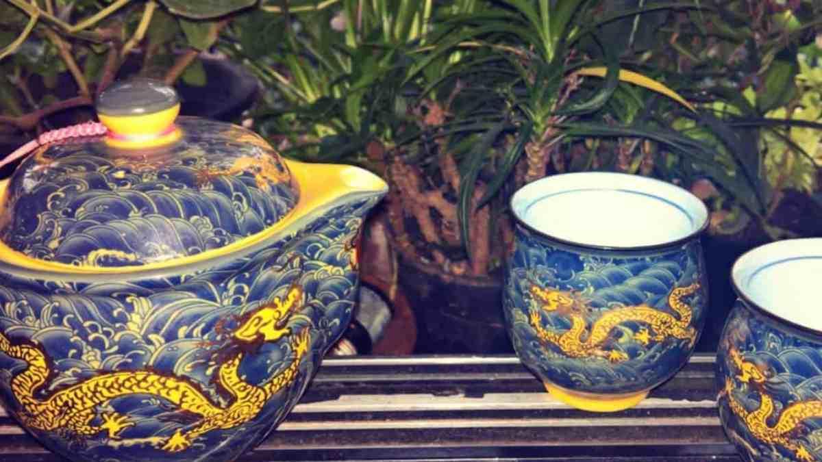 Green Tea or Adarak Chai?