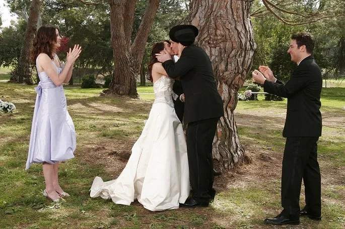 how_i_met_your_mother-Marshall-Lilly-Marriage-Robin-Bridesmaid