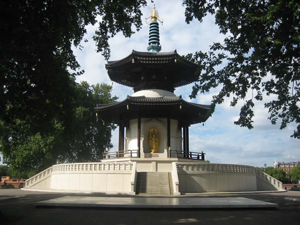 Peace Pagoda en Battersea Park