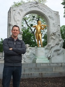 Me with a monument to Mr. Strauss in Stadtpark