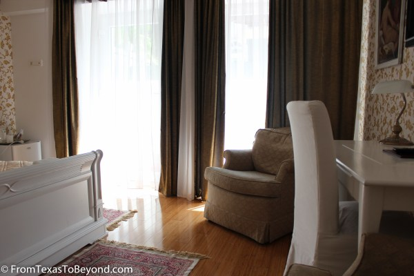Plenty of Natural Light in our Room at Allegro Hotel