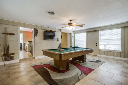 4105-locke-ave-pool room