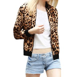 Leopard print jacket Taylor Hickson in Everything, Everything (2017)