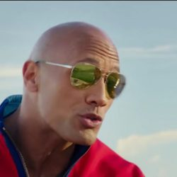 Sunglasses Dwayne Johnson in Baywatch (2017)
