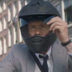 Black motor helmet Ryan Reynolds in The Hitman's Bodyguard (2017)