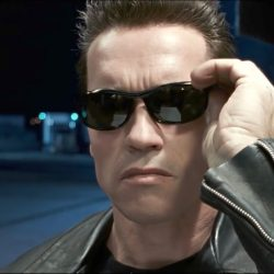 Sunglasses Arnold Schwarzenegger in Terminator 2: Judgment Day