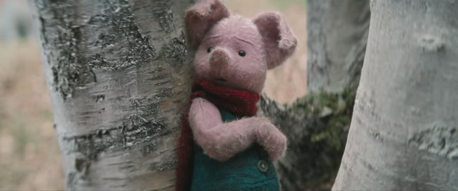 Piglet Plush in Christopher Robin (2018)
