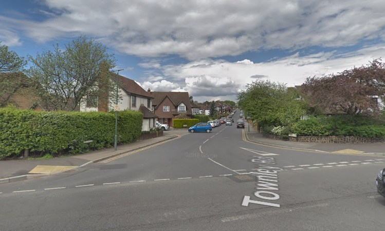 Man taken to hospital with head injury after attack in Bexleyheath