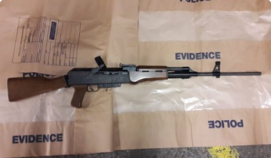 Police discover assault rifle during Peckham vehicle search