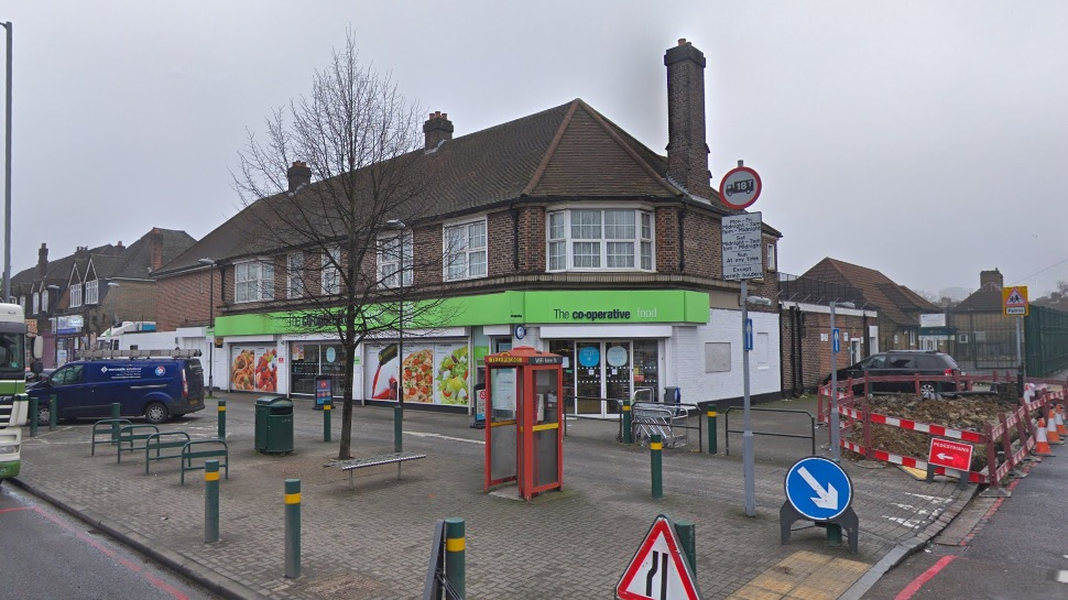 Armed robbery of Eltham co-op