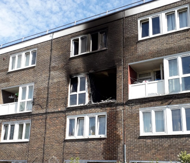 Plumstead flat fire see 40 fighfighters attend