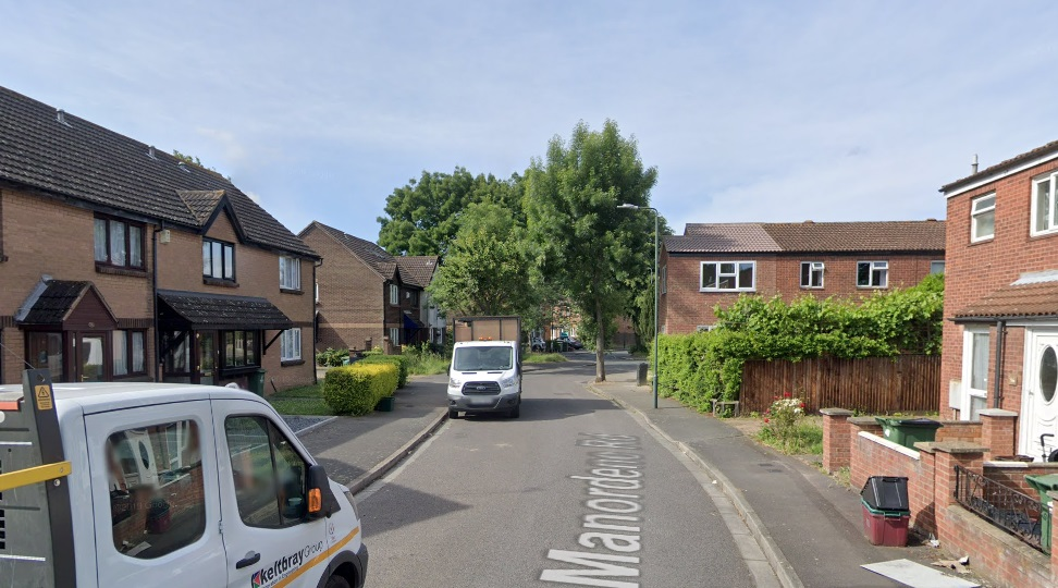 Man shot in Thamesmead: Police appeal for help