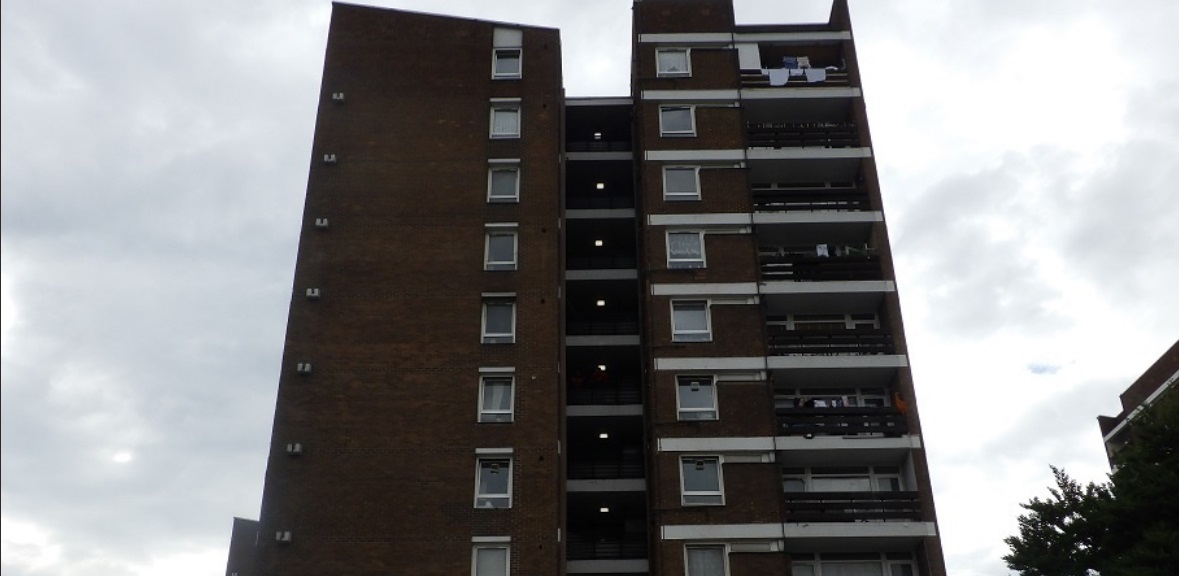 Firefighters rescue resident after Greenwich tower block fire