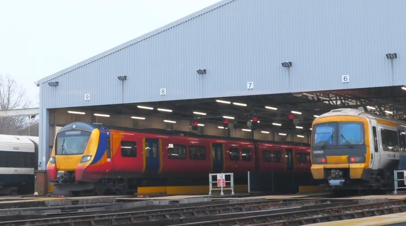 Southeastern reveal details on new trains